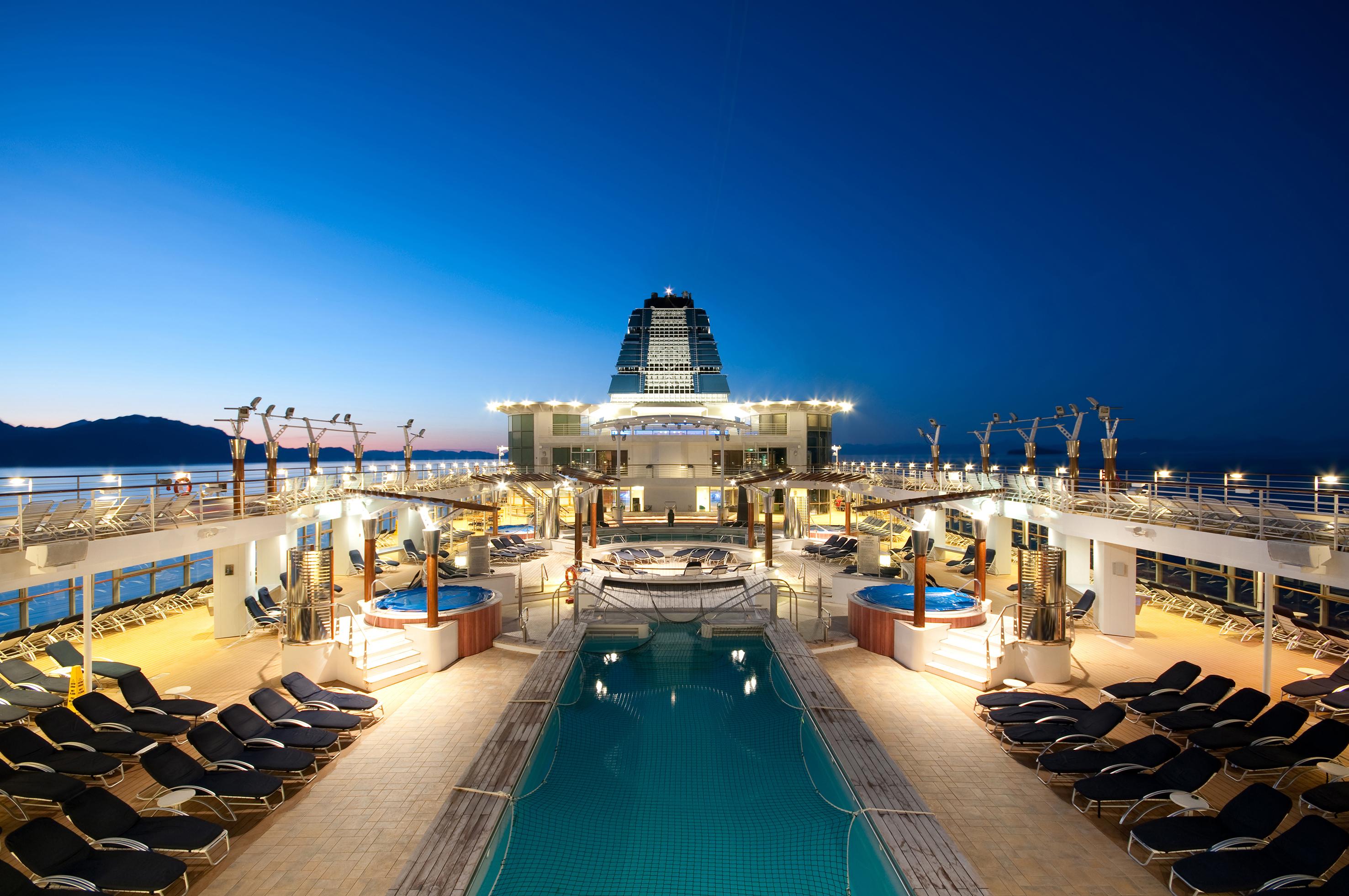 desire-venice-cruise-deck-2.jpg