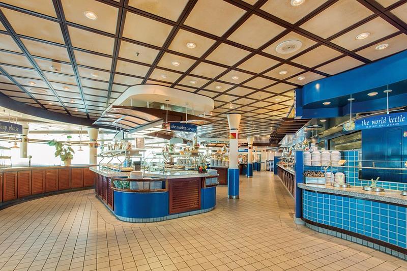 24-Photos-of-Royal-CaribbeanΓÇÖs-Classic-Mariner-of-the-Seas-Cruise-Ship-5.jpg