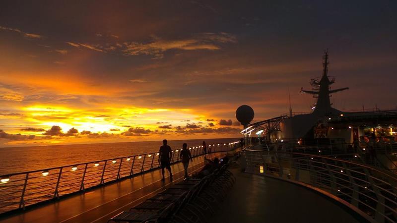 24-Photos-of-Royal-CaribbeanΓÇÖs-Classic-Mariner-of-the-Seas-Cruise-Ship-24.jpg