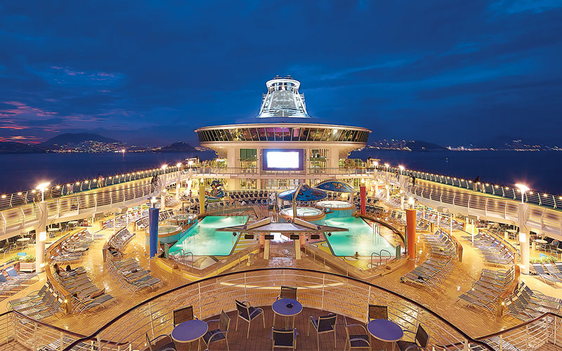 royal-caribbean-mariner-of-the-seas-deck-night-viewing-gallery.jpg