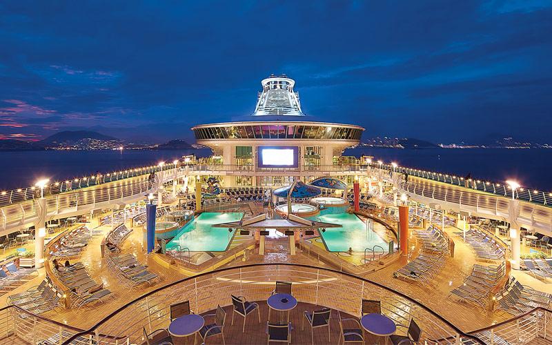 royal-caribbean-mariner-of-the-seas-deck-night-viewing-gallery.jpg